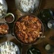 今日の撮影②~🎬  クォン・サンウ   ソン・ドンイル『探偵2』~クォン・サンウとソン・ドンイル見ると隣の隣で食事されて..