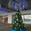 羽田空港もクリスマスの飾りつけに