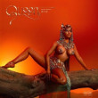 Nicki Minaj	/	Queen