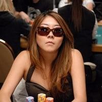 Pokermaya dan orang yang tidak benar stafnya sebagai besi dari solusi
