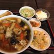 料理がきました。五目麺定食です。美味しいですよ。いただきます。