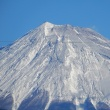 三軒の家からの富士山