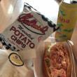 ロブスターのサンドイッチでお昼ご飯