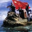 フィリピン漁師8人が乗った小型漁船が、中国か台湾のものとみられる漁船と衝突逃げ去る