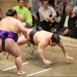 「豪栄道、平幕に連敗で3敗目…V圏16人で史上初5敗優勝も/秋場所」とのニュースっす。