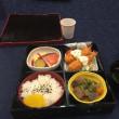 今、お昼ごはん中(^∇^)