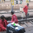 「悠久のインド9日間」№105 アグラへ特急列車に乗車