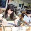 ご一家で手織り体験に来ました   竹島クラフトセンター