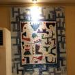 ホテルの廊下の絵