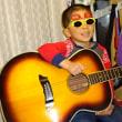 青春の思い出が一杯詰まったギターを・・・・・