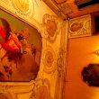 宮殿でシャンパンを飲みながら、オペラを楽しむ♪