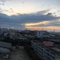 雲があり夕日は見えませんでした。寒くなってきました。