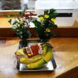 お仏壇のお花を。