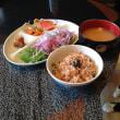 水菜のサラダと玄米