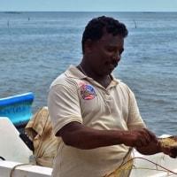 スリランカの漁業における借金と労働者の拘束からの解放