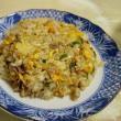 今日の朝食は自宅で炒飯に激辛野菜スープ!