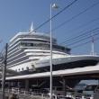 豪華客船 「クイーン・エリザベス」 大阪港天保山岸壁に入港!!