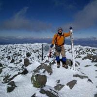 2月の蓼科山登山      -空には蓼科ブルーが広がっていた-