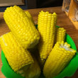 今年も北海道の実家から甘いトウモロコシが送られてきた。