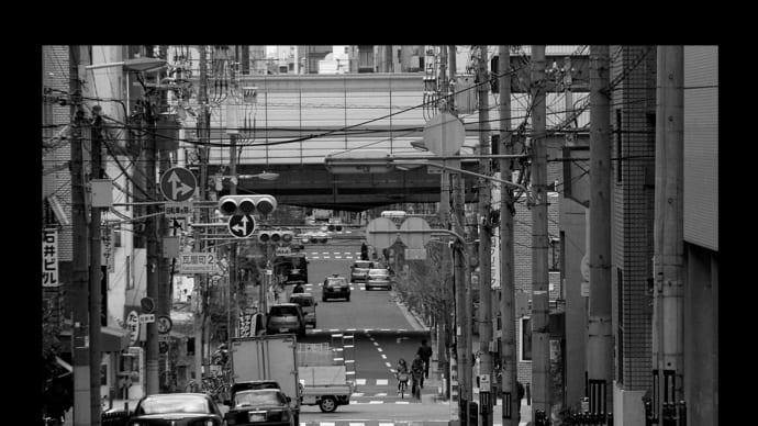 振り返れば、大阪市中央区瓦屋町2丁目付近