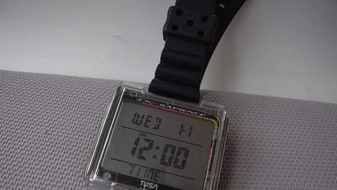 TUSA・IQ800ダイブコンピュータのバッテリーケースは要注意