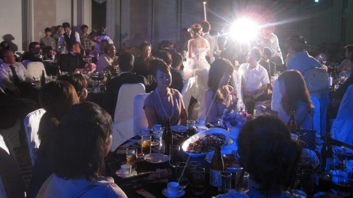 沖縄での結婚披露宴。