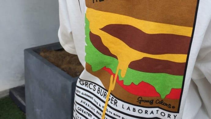 ハンバーガが可愛いTシャツ