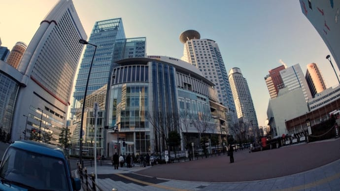 今朝の大阪駅前西