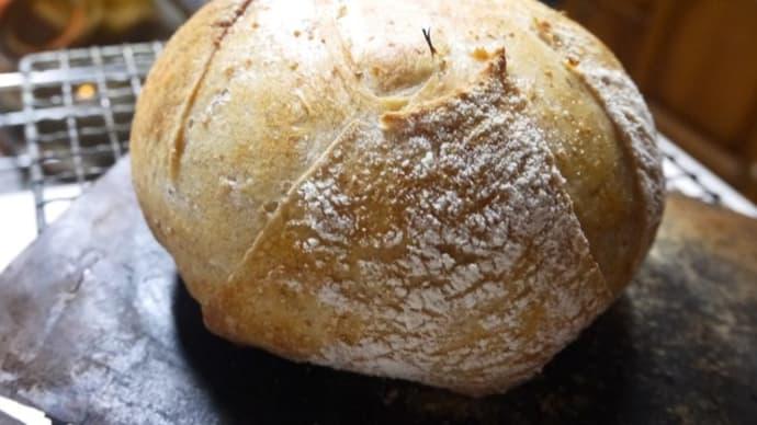 酵母パンを焼く