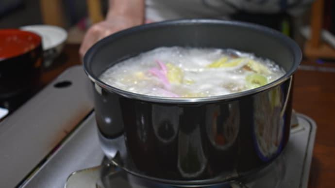 鶏のつくね鍋を酒の肴に一杯!【ぶらり旅ーおうち居酒屋ーいい酒いい肴】