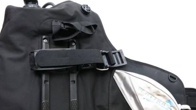 TUSA製BCジャケットのダンプバルブ(排気)の開け方