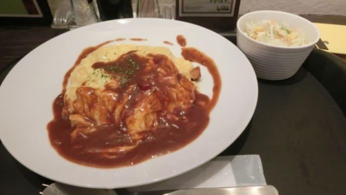 平成27年12月13日の食事(ランチパスポートでオムライス)
