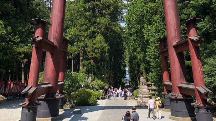 富士山ふもとの縁結び神社!
