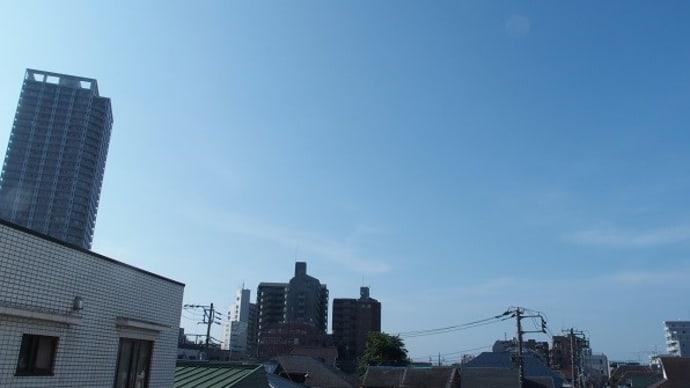 今朝(8月17日)の東京のお天気:晴れ、8月の作品:野辺の二人