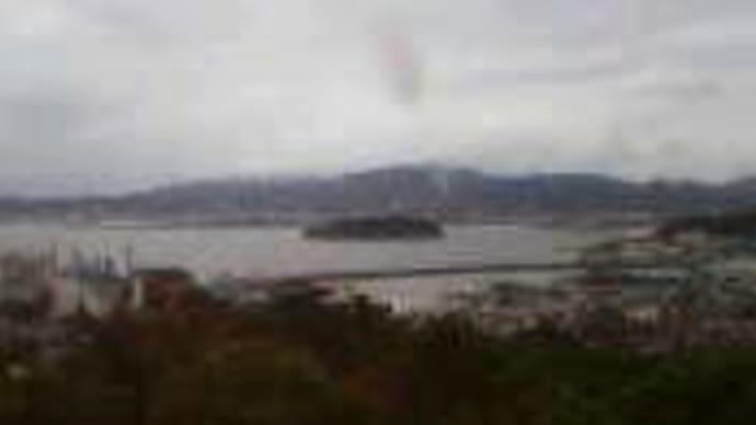 三谷温泉から三河湾。竹島