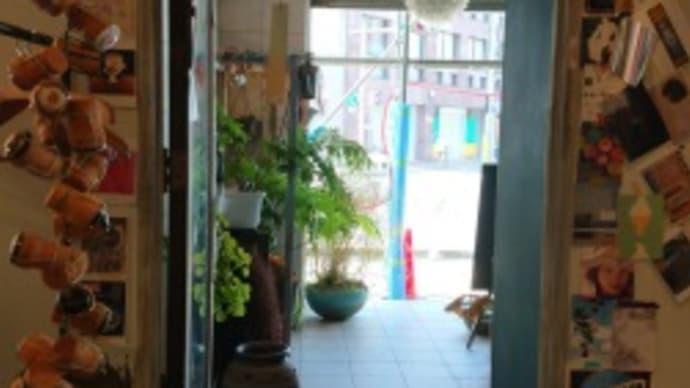 高松市「Honeycomb Cafe」で TAK・TACC紅茶研究会・・・( 'ω')?