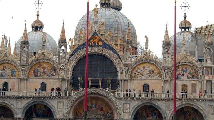イタリア・ヴェネツィア ゴージャス✨✨ の中のシンプル ♪