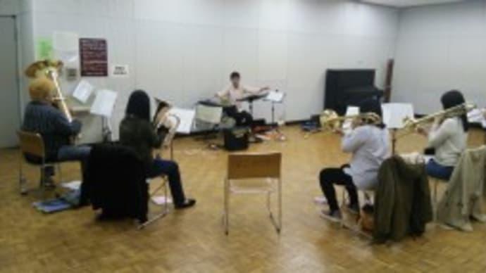 練習写真-金管分奏- (文化会館)