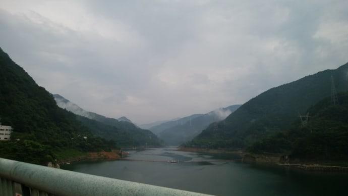 浦山ダムの498段の階段を上る~秩父旅行2~