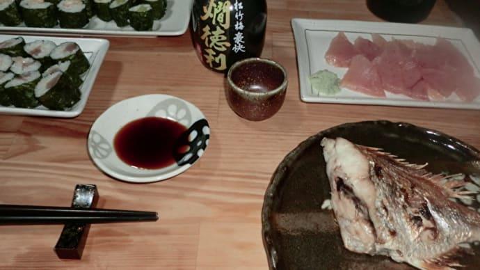 「大岡越前」を観ながら、まぐろの刺身、鯛の塩焼きと鉄火細巻きで一杯!📷ぶらり旅【おうち居酒屋】10-02