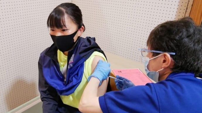 ワクチンを接種した高校生が次々に死んでいます。