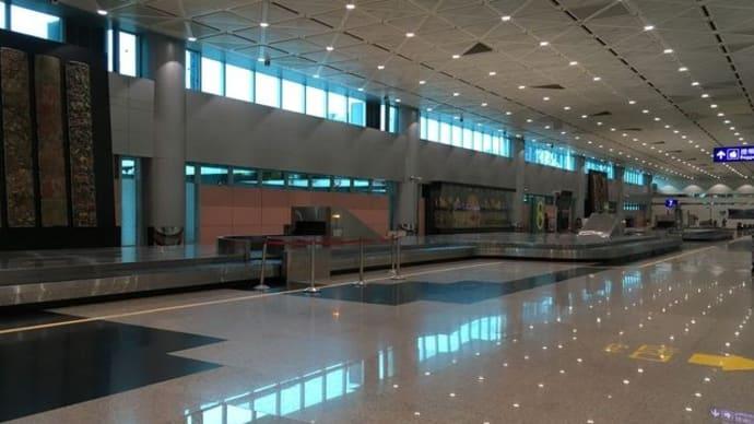 桃園国際空港からMRTに乗って中山駅へ♪