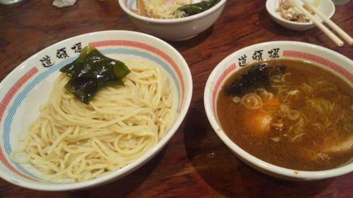 煮干しスープが絶品の人気中華蕎麦屋でつけ麺