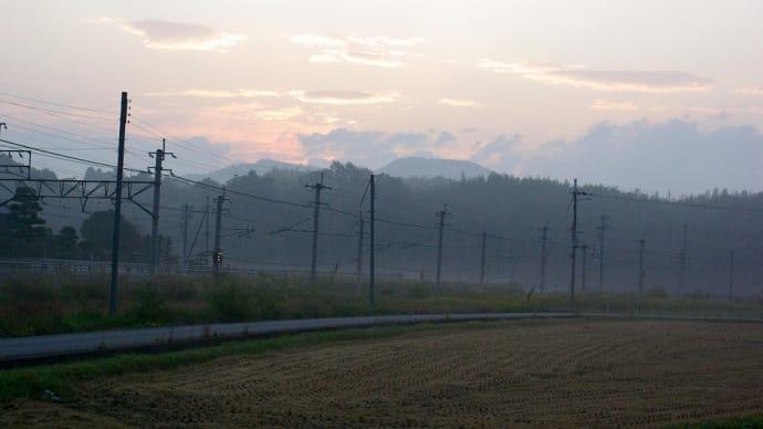 夜明けスグのJR福知山線