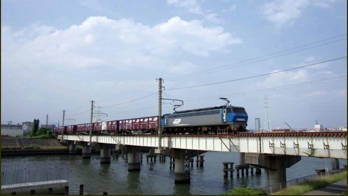 EF200-9  神崎川橋梁