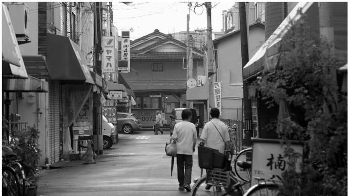 阪堺電気軌道 上町線  ・ 帝塚山四丁目駅付近