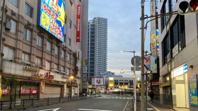 早朝の稲毛駅