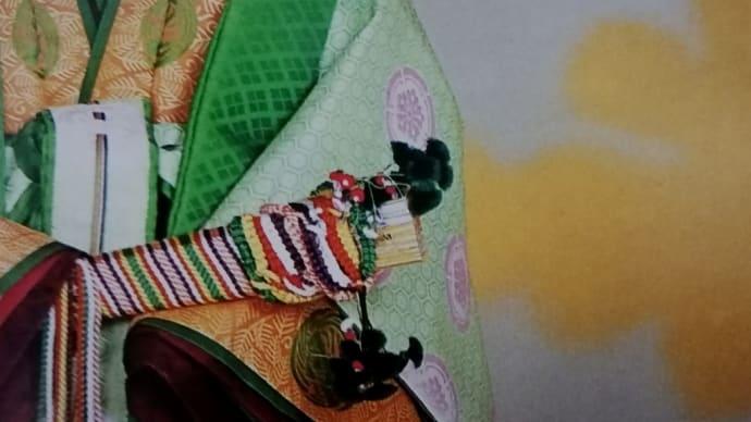 紀子妃殿下の卯の花襲の唐衣
