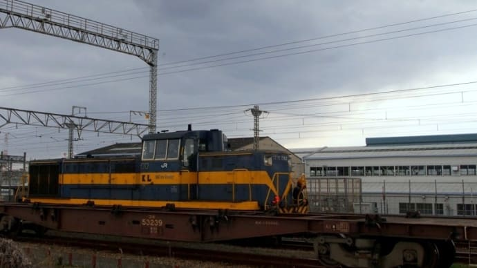 大阪貨物ターミナル駅のDE10-1082
