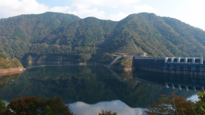 ちょっと足を伸ばして温井ダムから滝山峡まで行ってみた (2016/11/4)